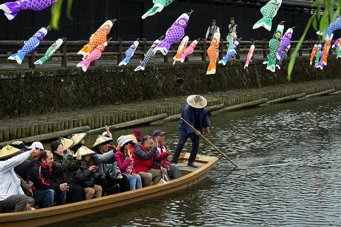 5月ー鯉のぼり2-栃木のコピー.jpg