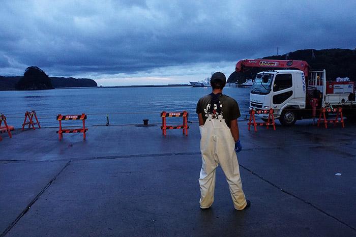 ペロ漁港の朝-1のコピー.jpg